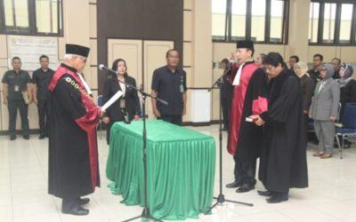 Pengambilan Sumpah Jabatan dan Pelantikan Bapak Dr. Avrits, SH., MH. sebagai Hakim Tinggi Pengadilan Tinggi Bangka Belitung