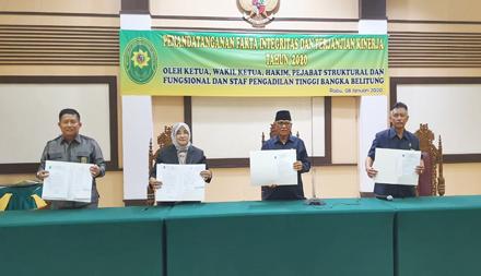 Penandatanganan Perjanjian kinerja dan Pakta Integritas