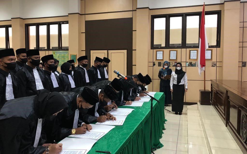 Penyumpahan Advokat Dari Kongres Advokat Indonesia (KAI) Di Wilayah Hukum Provinsi Kep. Bangka Belitung
